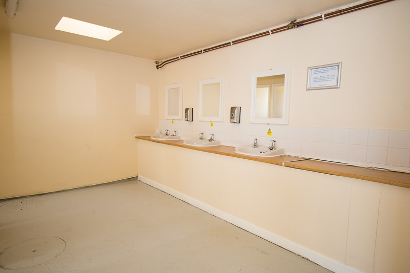 Ladies toilet & shower facilities